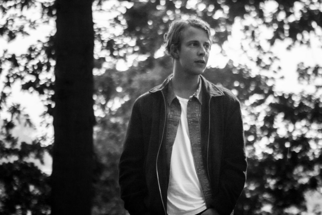 Throwback #3 Tom Odell: Music has to come from somewhere intellectual, and should not be masterminded